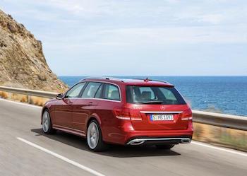 Weltweit über 13 Millionen E-Klasse Limousinen und T‑Modelle an Kunden übergeben. Mercedes boomt auch mit der E-Klasse