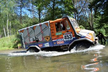 Toperfolg: drei erste Plätze bei Rallye Breslau Polen 2015 für Mercedes-Benz Unimog und Mercedes-Benz Zetros