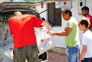 Daimler und die Mitarbeiter spenden 250.000 Euro für direkte Hilfsmaßnahmen vor Ort -Mitarbeiterspenden für Hilfsprojekte an Caritas International e.V