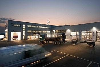 Berlin und Mercedes truckworks feiern 5 Jahre Bestand