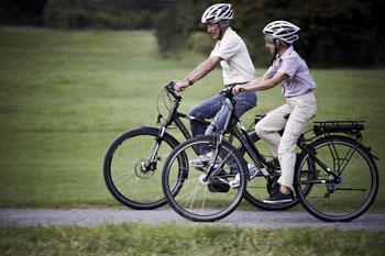 E-bikes von Corratec. Mit diesen Pedelec fahren auch Sie gut durch die Natur