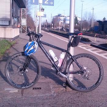 Kampagnen-Fahrradtour in Richtung RWE