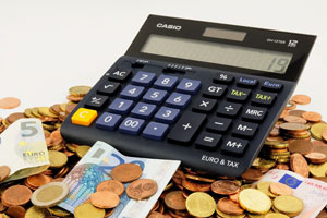 Schuldnerberatung für Hamburg: Die Schuldnerhilfe Hamburg rechnet bei Ihren Finanzen genau nach